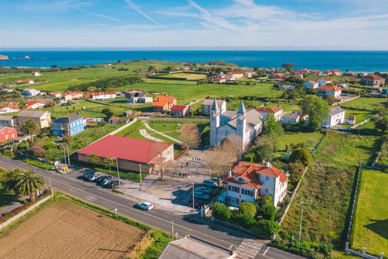 surf hostel view